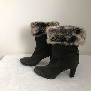 Aquatalia Women's suede booties with fur